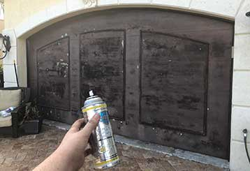 Why You Need To Regularly Lubricate Your Garage Door | Garage Door Repair Lockhart, FL